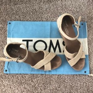 toms sierra strappy wedge